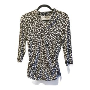 Vince Camuto Patterned ruched long sleeve blouse